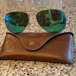 Ray-ban authentic aviator 58mm green
